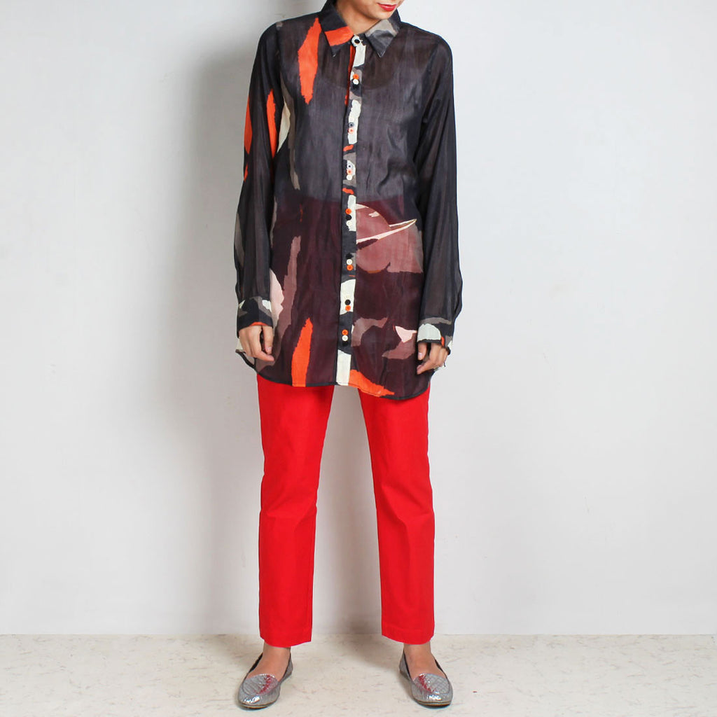 Set Of Black Abstract Print Silk Chanderi Shirt & Red Lycra Knit Pant by NAKITA SINGH