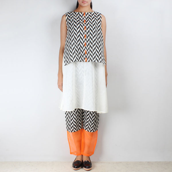 Set of Chevron Overlay Tunic & Cotton Trousers by NAKITA SINGH