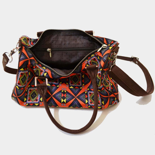 Multicolour Graphic Design Poly Suede Duffle Bag