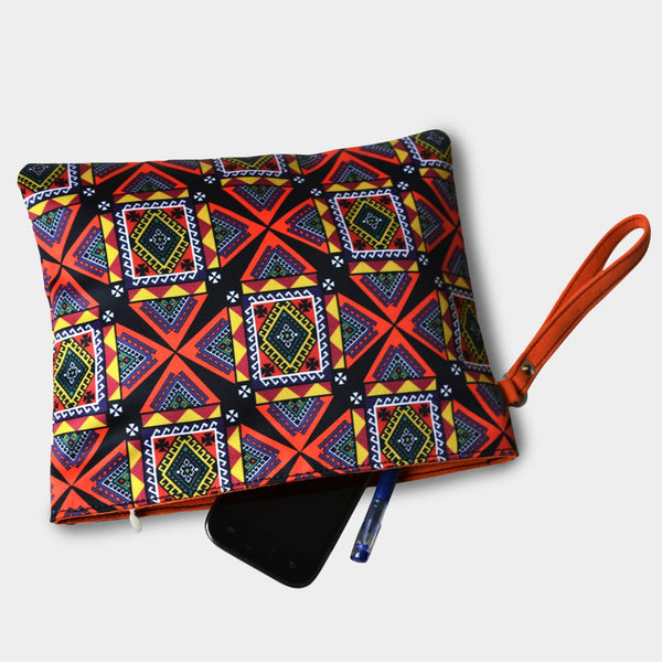 Digital Patterned Pouch