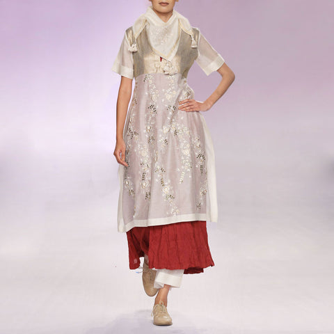 Ecru & maroon silk chanderi kurta set with sequins by PRAMA by PRATIMA PANDEY
