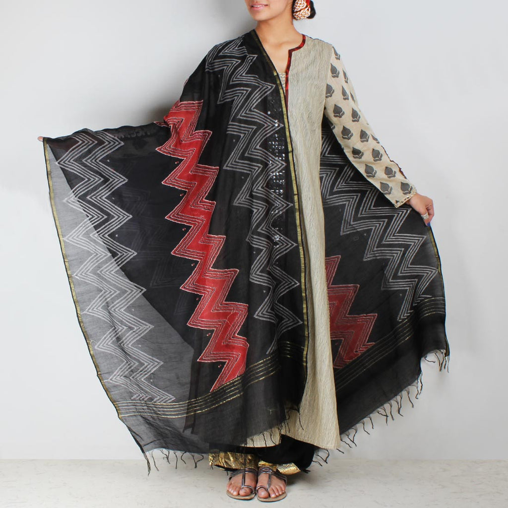 Beige long kurta with Chevron Dupatta & Palazzos by Palanquine
