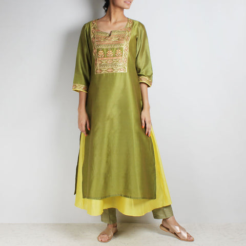 Chanderi Hand Embroidered sequined Green Kurta with inner by Palanquine