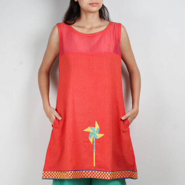 Pink South Cotton Dress With Quirky Motif by ROUKA by Sreejith Jeevan