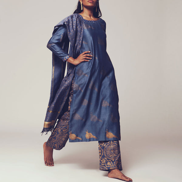 Set Of Steal Blue Floral Block Print Chanderi Kurta With Maheshwari Dupatta & Poly Cotton Bottoms