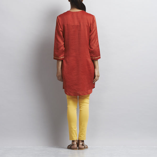 Red Chanderi Tunic With Appliqued Flowers In Zari