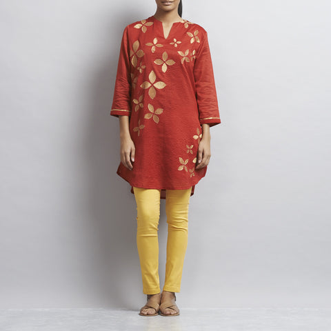Red Chanderi Tunic with appliqued flowers in Zari by Sonal Kabra