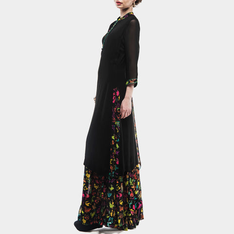 Black kurta with printed palazzos by SAMOR BY PRAGYA & MEGHA