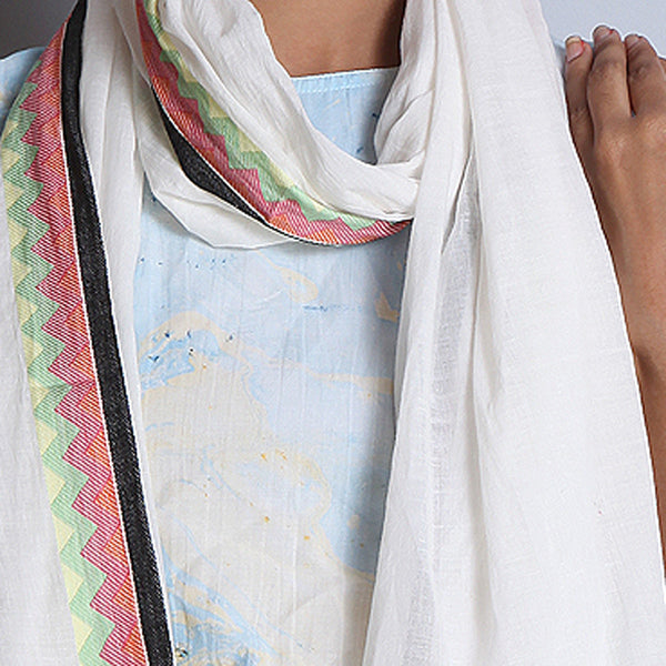White Khadi Cotton Stole With Jaquard Border & Tassels