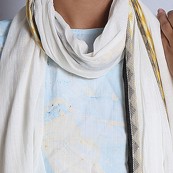 Khadi Cotton White Stole With Jaquard Border & Tassels