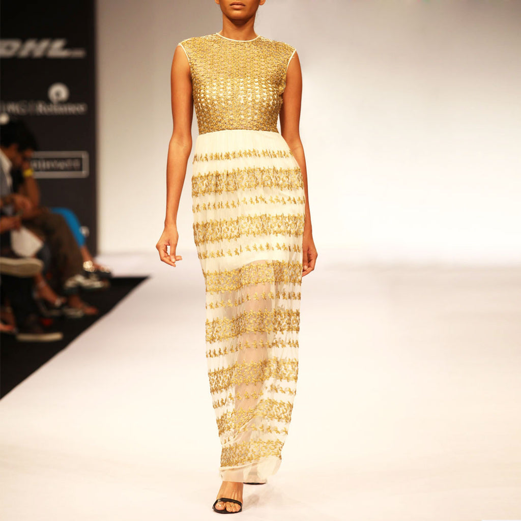 Embroidered Straight Fit Gown by SOUP by Sougat Paul