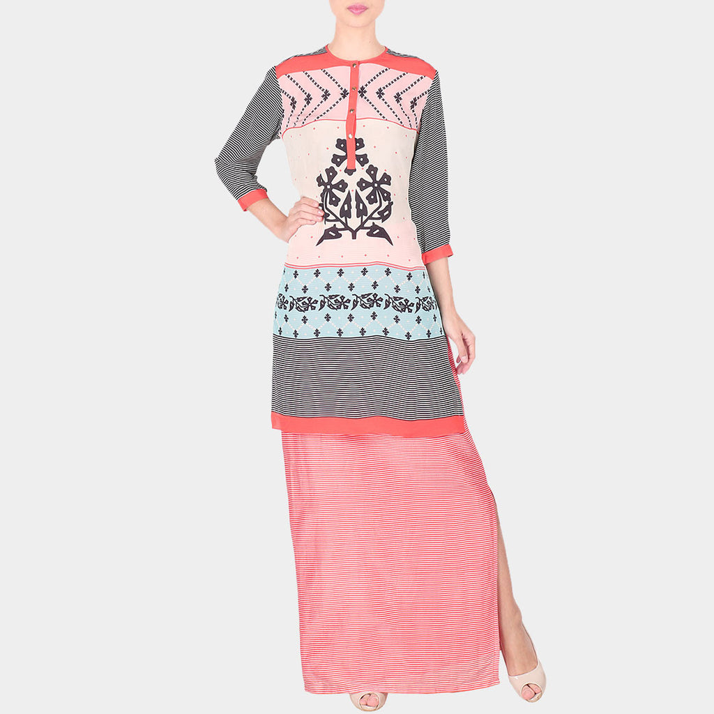 Set Of Multicolour Abstract Print Chanderi Long Kurta With Skirt by SOUP by Sougat Paul
