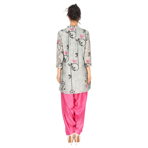 Chanderi Kurta In Grey & Patiala In Fuchsia