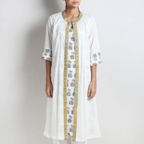 White Cotton Shahi Double Layered Kurta With Natural Dye Hand Block Floral Printed Inner by Vasstram