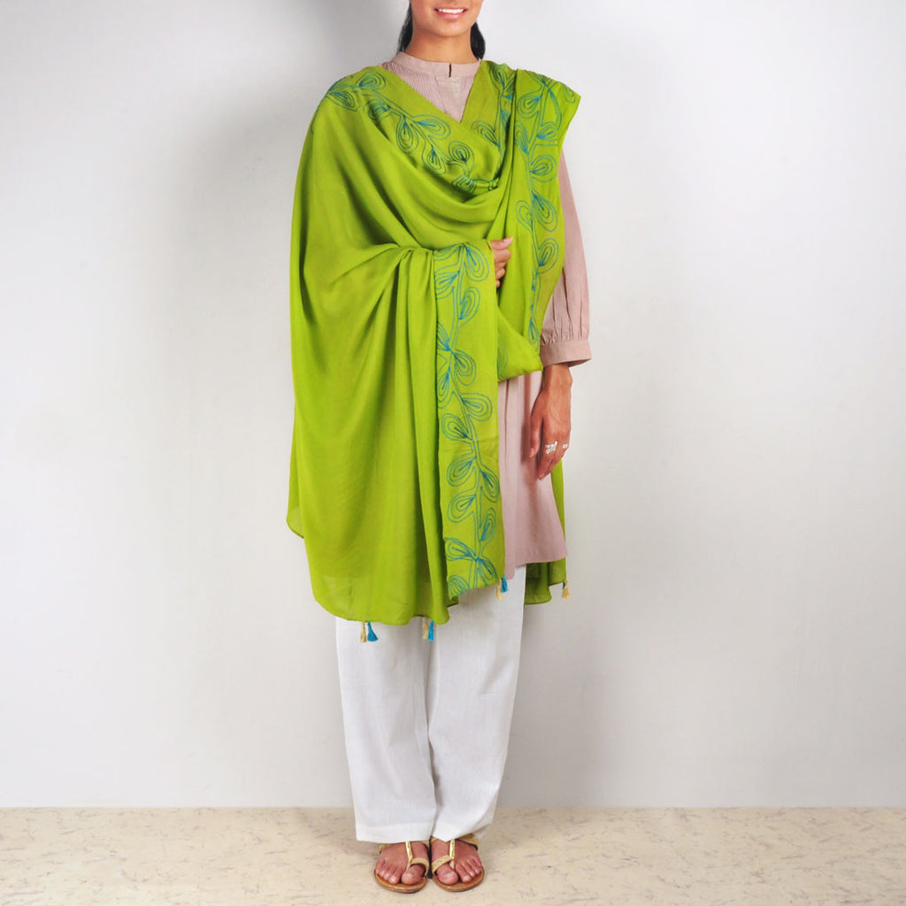 Green Chanderi Dupatta by VYUTI