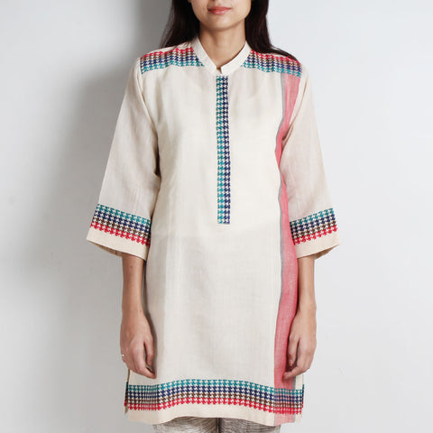 White Khadi Cotton Tunic With Houndstooth Detailing by WEAVERS STUDIO