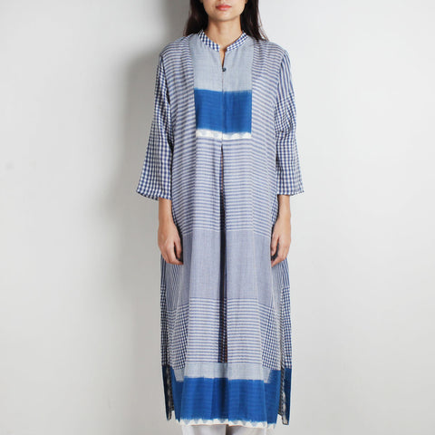 Blue Khadi Gamcha Kurta by WEAVERS STUDIO