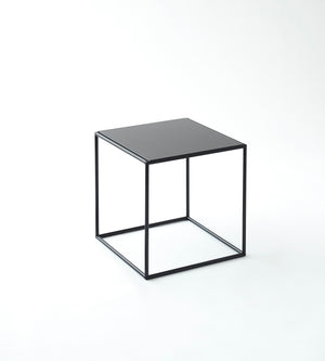 Table 40 Black - Abstracta System