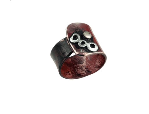 Regulerbar ring med bronce
