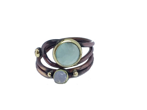 Regulerbar ring med aqua calcedon, cat eye og 24 karat guld.