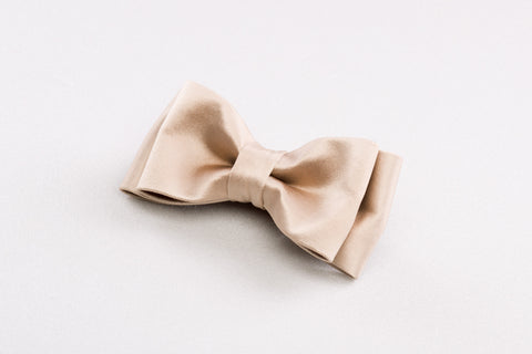 Light Silk Bow tie