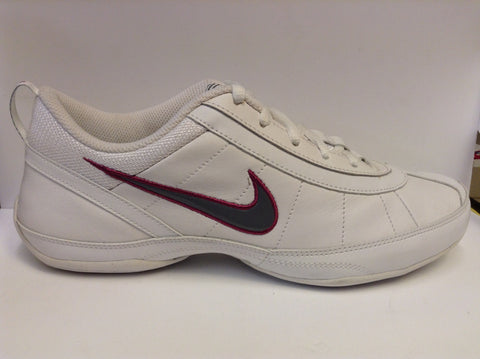 Nike Womens Nike Beat - fitness trainer - white/purple