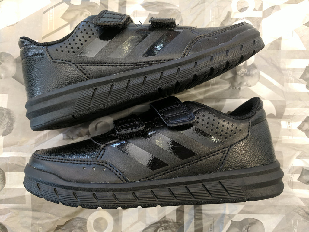 innovative design 3eecd 764f0 ADIDAS junior Black and White Alta sport school trainers no marking