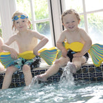 SWIM FINGS Revolutionary Swimming aid small 3-18 months