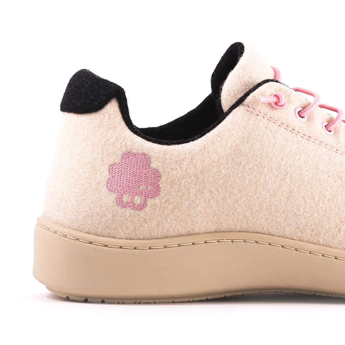 Urban Wooler Pink / Cream