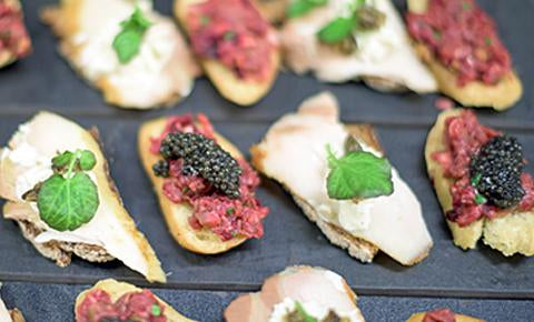Canapés with Caviar and Bread