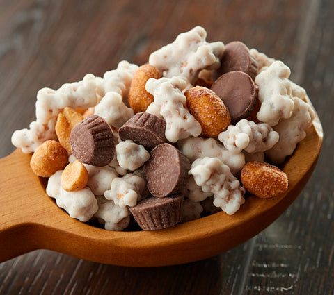 Peanut Crunch Pretzel Mix