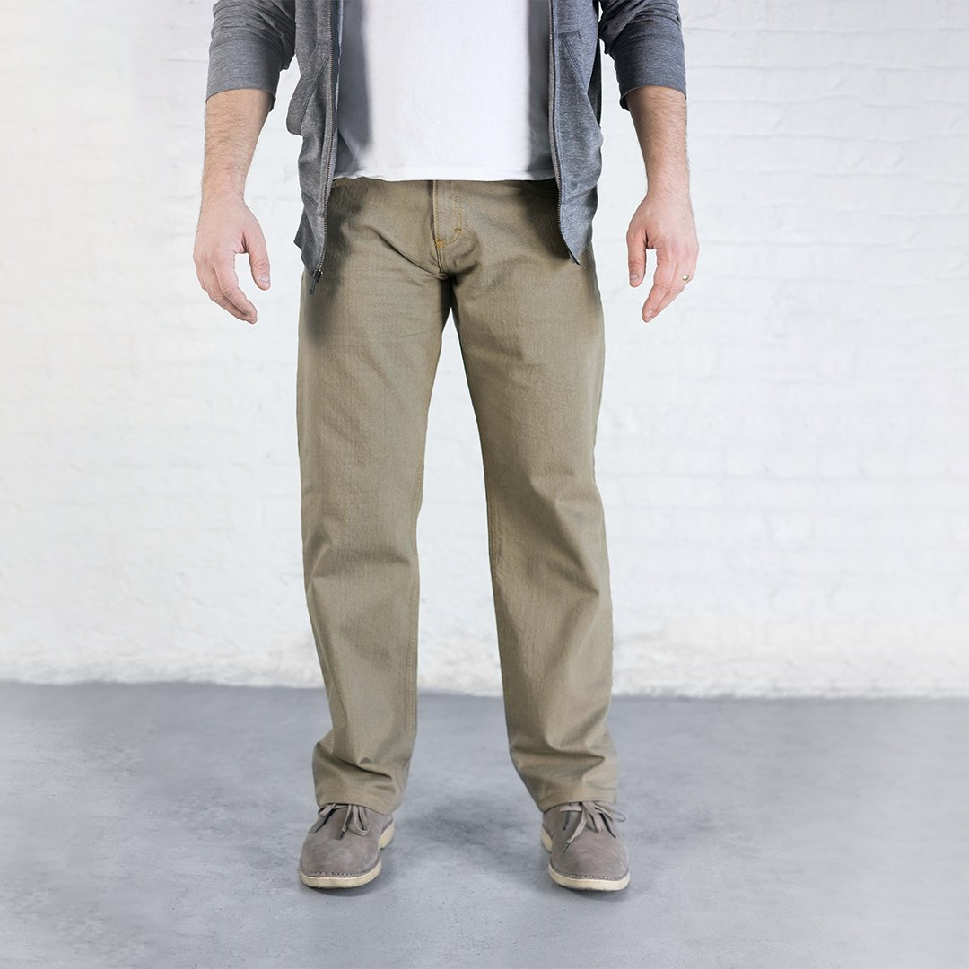 #5: Relaxed Fit - Khaki