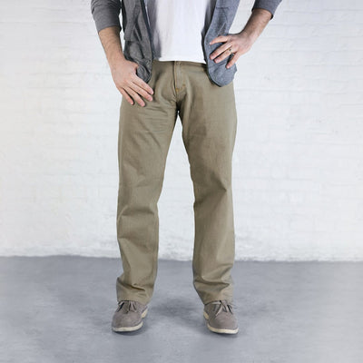 #1: Relaxed Fit - Khaki