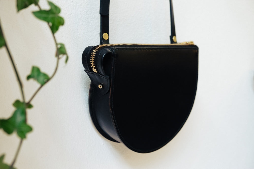 Load image into Gallery viewer, 'LUNA' CROSSBODY - Vicus Pelle