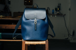 Load image into Gallery viewer, 'AMICUS' BACKPACK - tumbled - Vicus Pelle