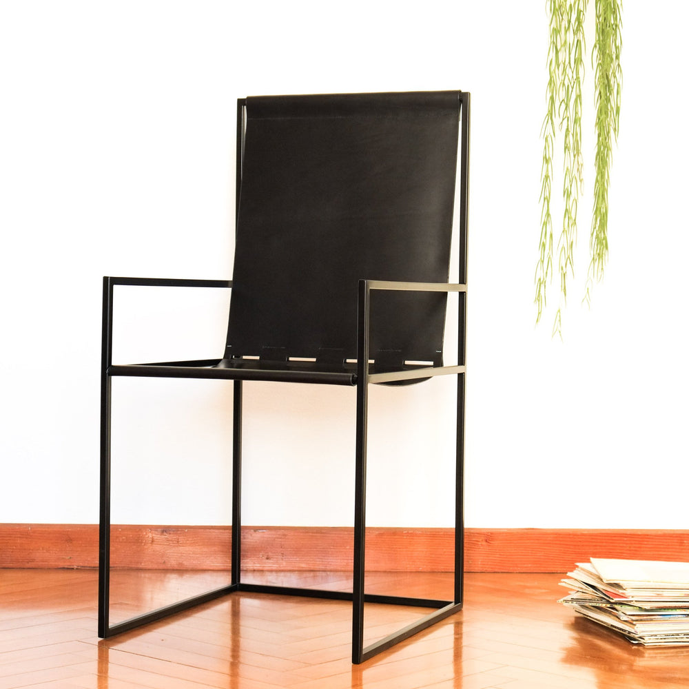 a-chair03 - vicus X andina