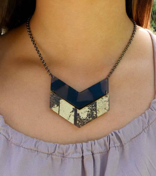 Double Chevron Golden Link Necklace