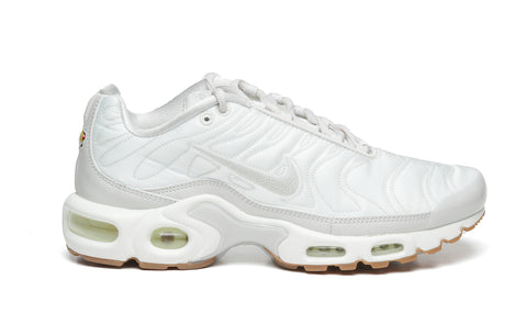 "NIKE AIR MAX PLUS TN ""LIGHT BONE"""