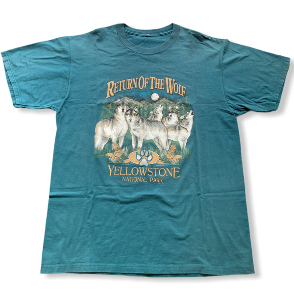 Yellowstone National Park Vintage Wolf Tee XL