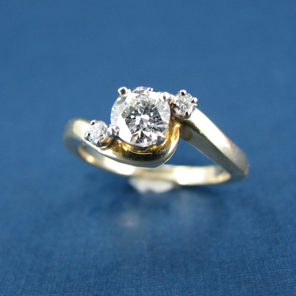 Beautiful 14K Yellow Gold and Diamond Engagement or Anniversary Ring