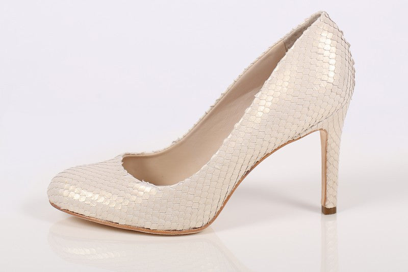 ac518a805 Women's Cream Leather Pump Heels - Color Creme - by Guilhermina ...