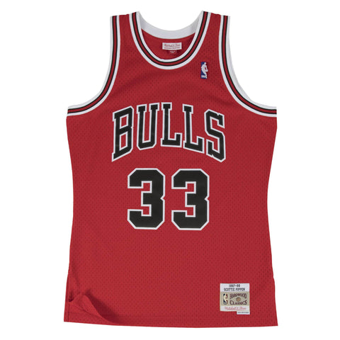 Youth Chicago Scottie Pippen #33 Bulls Mitchell & Ness Hardwood 97-98 Classic Swingman Jersey- Red