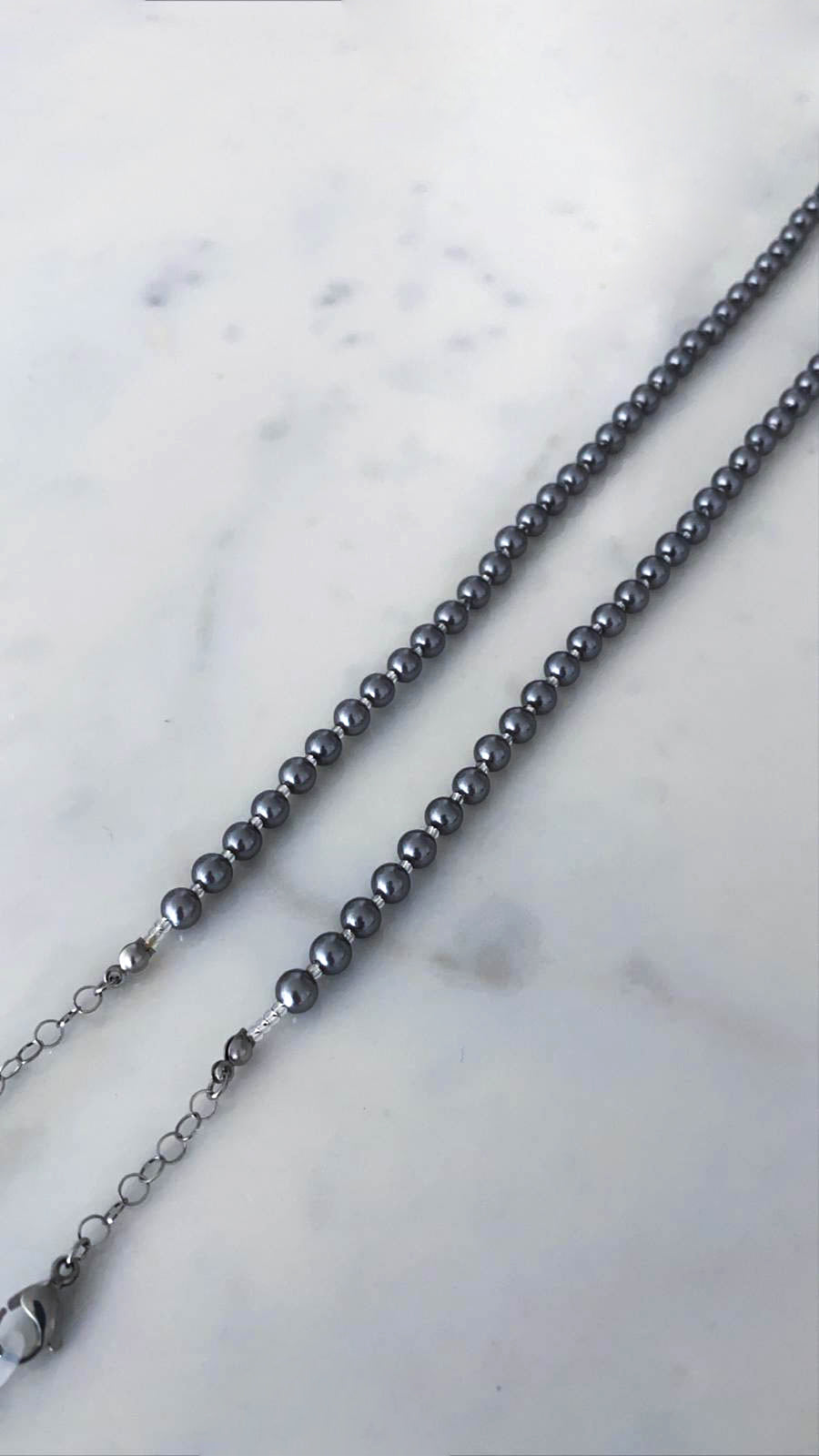 Sunglass/Mask Chain - Gray Pearl