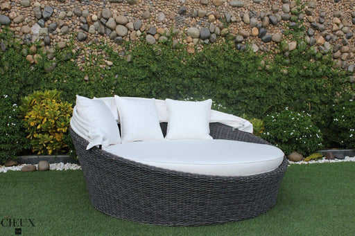 Marseille Natural Canvas Daybed-Wholesale Furniture Brokers