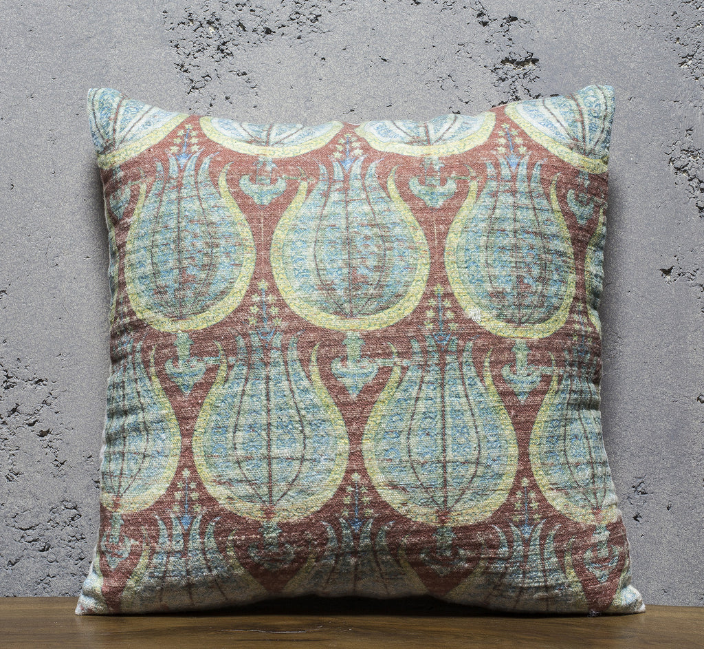 "PC061 / Cushion / 22""x22"""