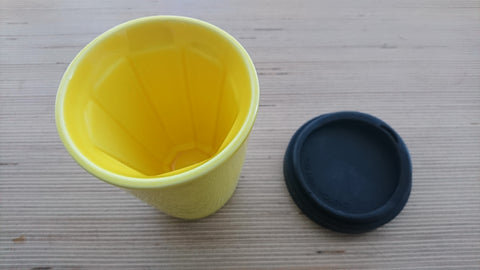 Therma cup in yellow (with black lid)