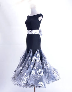 Stunning Black, Silver and White Floral Ballroom Dress with Black Lycra Bodice and Floral Bow Belt Sizes S-4XL Pra052