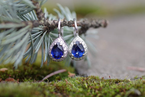 18k White Gold Teardrop Sapphire and Diamond  Earrings
