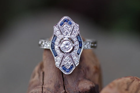18k White Gold Vintage Style Diamond and Sapphire Ring
