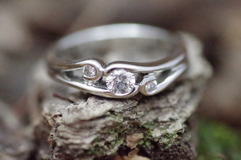 14k White Gold 3 Stone Ring